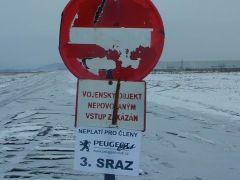 3. sraz Peugeot Clubu - letiště Hořovice, 15.února 2003