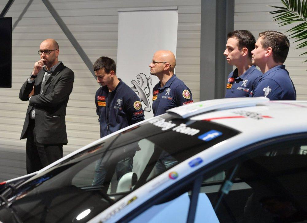 0050 -Peugeot-T.K.-22.11.-2018-10-foto.Zdenek Sluka.JPG