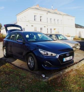 Hyundai_I_30_2.jpg