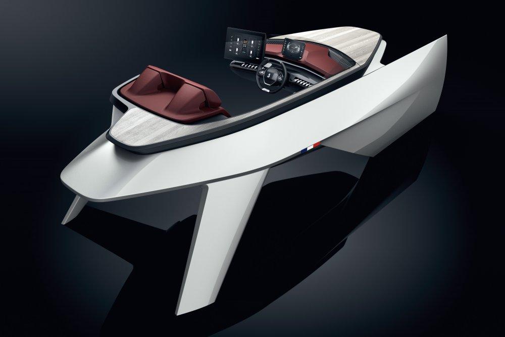 Beneteau Peugeot Sea Drive Concept 001.jpg